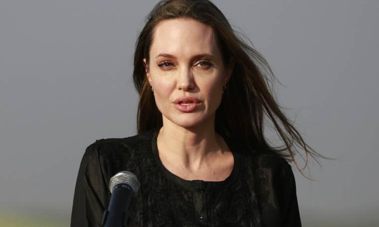 Η Angelina Jolie όπως πραγματικά δεν την έχεις ξαναδεί! Η λεπτομέρεια που μας τάραξε