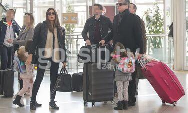 Σταματίνα Τσιμτσιλή - Θέμης Σοφός: Στο αεροδρόμιο με τις κόρες τους