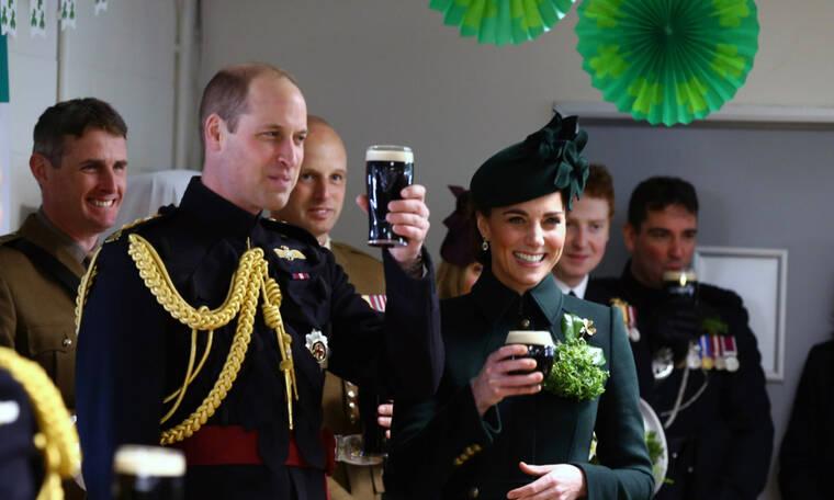 Ο πρίγκιπας William στον ρόλο του James Bond και δεν σου κάνουμε πλάκα