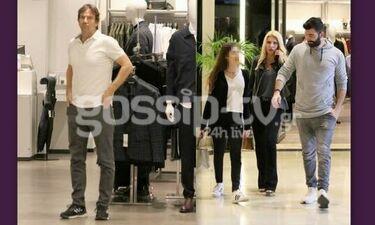 Ελένη Μενεγάκη: Με τη Λάουρα, τον Μάκη και τον αδερφό της, για ψώνια σε γνωστό εμπορικό κέντρο
