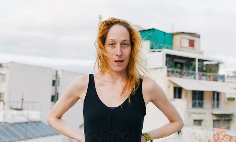 Κόρα Καρβούνη: Η γυμναστική και τα κομμάτια-κλειδιά της γκαρνταρόμπας της