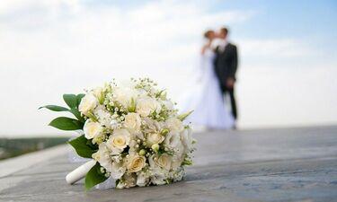 Γάμος στην ελληνική showbiz! Ποιος καλλιτέχνης θα ανέβει τα σκαλιά της εκκλησίας; (photos)