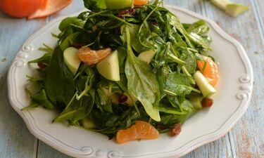 Πράσινη σαλάτα με μανταρίνι- Θα τρελαθείς με αυτή τη συνταγή!