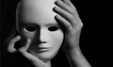 Ποιος ηθοποιός είπε: «Κύπριες και Ελλαδίτισσες είναι το ίδιο πράγμα, είναι μόνο διαφορετικό το σεξ;»