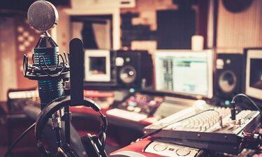 Έφυγε από τη ζωή γνωστός ραδιοφωνικός παραγωγός!