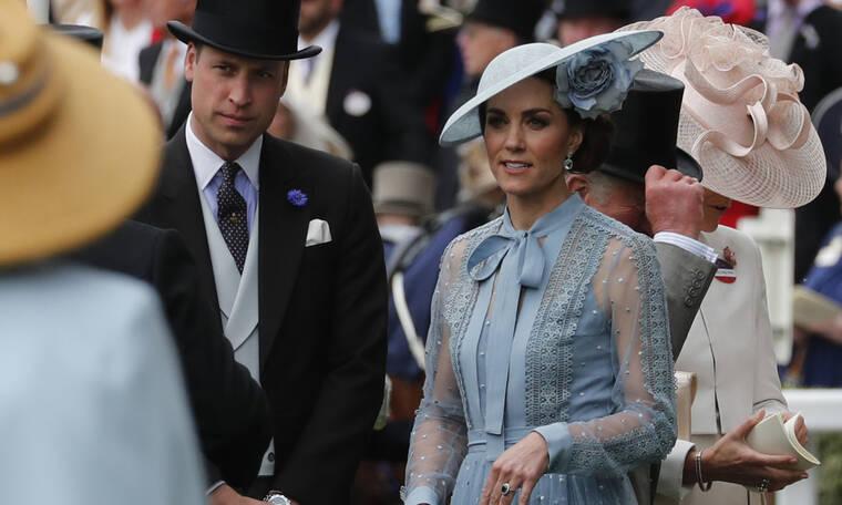 Η αγενής κίνηση της Kate Middleton στη βασίλισσα Letizia κάνει τον γύρο του διαδικτύου