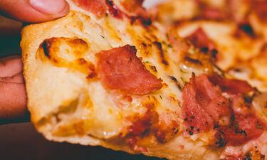 Πόσο καιρό μπορεί να παραμείνει η pizza μέσα στο ψυγείο;