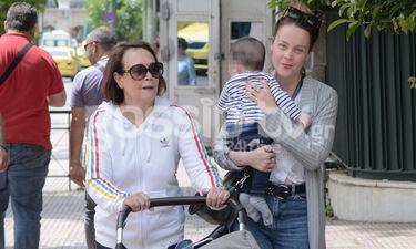 Λένα Παπαληγούρα: Δεν αποχωρίζεται στιγμή τον γιο της (photos)