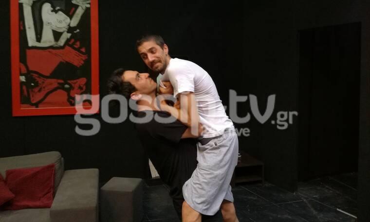 Μαύρη Σαμπούκα: Οι πρωταγωνιστές της παράστασης μιλούν στο gossip-tv και είναι απολαυστικοί (video)
