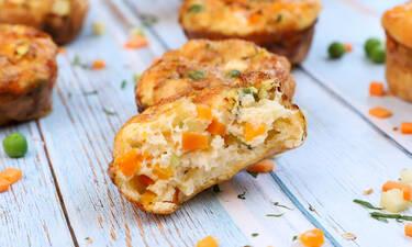 Mini αλμυρά muffins με λαχανικά δια χειρός Τσούλη